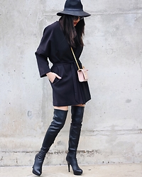 Samira Radmehr - H&M Coat, Saint Laurent Crossbody, Guess Over The Knee Boots, Vince Camuto Hat - Oversized coat & over the knee boots