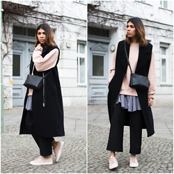 Storm West - Céline Bag, Edited Vest - Casual Street Look