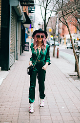 Rachel Lynch - Lack Of Color Black Hat, Vanessa Mooney Necklaces, Amanda Uprichard Green Romper, Yru Jem + The Hollograms Star Booties!! - Jumpsuits at #NYFW