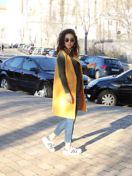Judith Loyola - Primark Long Sleeve Top, American Eagle Outfitters Jeans, Adidas Sneakers, Cndirect Vest, Ray Ban Sunglasses - My last