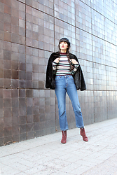 Paz Halabi Rodriguez - Stradivarius Black Beret, Vintage Black Faux Fur Coat, Bik Bok Stripes Ribbed Top, Monki Cropped High Waited Jeans, Mango Burgundy Suede Boots - Scandinavian Winter