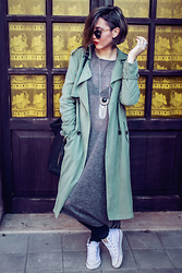 Ema Roxanne - Bershka Trench - What ?