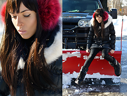 Lovelyimperfect by Adriana Kubieniec - Via Spiga Jacket By, Wagoon Pants By, Moschino Snow Boots By - Winter in NYC