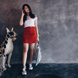 Deasy Tantra - Uniqlo T Shirt, Topshop Skirt, Kenzo Shoes, Issey Miyake Bao Bao - The Guard Dog