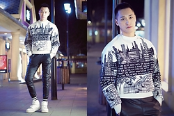 Chris Su - Juun.J Sweater - City