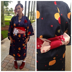 Badia Cupcake - Uniqlo Yukata And Obi - Wearing a Yukata on Language Day