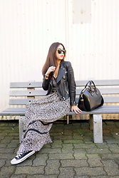 Shelly LIU - H&M Leather Jacket, Givenchy Bag, Converse Sneaker - MAXI DRESS