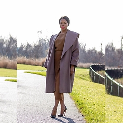 TOMGFASHION COM - Christian Louboutin Red Bottom, Christian Dior Nude Dress, United Colors Of Benetton Nude Coat - Nude