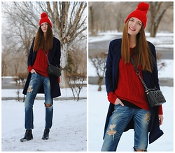 Yulia Sidorenko - Wholesalebuying Beanie, Wholesalebuying Coat, Wholesalebuying Bag, Centro Boots - Red