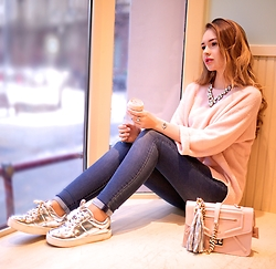 Alina Feminudity - Furla Chain Bag, H&M Silver Sneakers, H&M High Waist Jeans, Marks & Spencer Jumper, Asos Bag Charm - Cozy 90s
