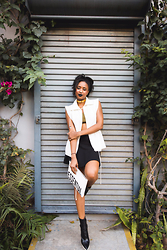 Ria Michelle - Cooper St White Vest, Kanye West X Adidas Originals Green Ribbed Sports Bra, Alice + Olivia Drop Waist Flare Mini Skirt, Quinn Essentials Pouch, Stella Mccartney Two Tone Thick Platform Ankle Boot - Cooper St & Lush Greens