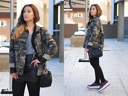 Claudia Villanueva - Zara Camo Jacket, Zara Leather Jacket, Zara T Shirt, Zara Bag, H&M Skirt, Mango Shoes - Camo & Leather