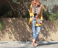 Mayo Wo - Ba&Sh Mustard Blazer, Gucci Print Clutch, 6ixty 8ight Ripped Jeans, Pierre Hardy Heels - You are my sunshine, my only sunshine