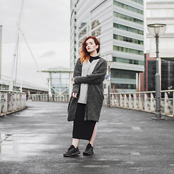Rachel Ecclestone - Weekday Wool Vest, Noisy May Turtleneck Dress, H&M Mens Shirt, Size Tubulars - BLENDING WITH THE CITY