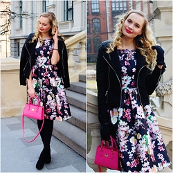 Madara L - Chi London Floral Dress, Vagabond Suede Ankle Boots - Spring date