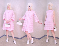 Suzi West - Jonquil Original 1960s Turban Vintage Hat, Carol Craig 1960s Lace Shift Dress, Carol Craig 1960s Lace Jacket, Holly Gordon's Pro Wardrobe Faux Pearl Bracelets, 1960s Mini Train Case, Jeffrey Campbell Shoes Bravery Heels - 27 February 2016