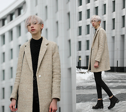 Egor Svetsky - Mango Coat, Monki Jeans - CREAM