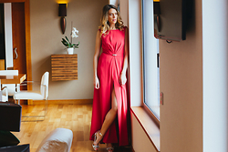 Vanessa Basanta - Inmaculada Garcia Long Red Cocktail Dress - While waiting for you.