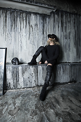 INWON LEE - Byther Black Fedora Hat, Byther Black Round Neck T Shirt - Having a relax in the alcove..