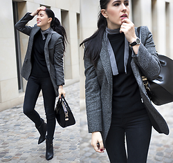 The Day Dreamings - Givenchy Bag Antigona, Zara Skinny Jeans, Primark Shirt, Zara Blazer, Kapten And Son Watch, Aquazzura Booties - Simplicity is the key