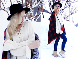 Violetta Privalova - Romwe Sweater, Cndirect Scarf, Cndirect Bag Chain, Cndirect Boots, Asos Hat - Boho Chic Sweater//