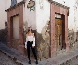The Pearl Oyster - Alexander Wang Boots, Topshop Jeans, Forever 21 Top - San miguel | I