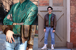 TYLER - Gucci Lace Shrit, Prada Belt, Chanel Sunglasses, Levi's® Jeans, Nike Shoes, Vintage Leather Jacket - 226