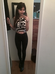 Estefania Fraticelli - American Apparel Crop Top, Topshop High Wasted Pants, Zara Heeled Boots - Big Brother