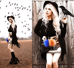 Meda Motisan - Zara Top, Unif Boots - My crow has different pompons