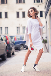 Gabriela A. - Asos Dress, Sweet Paprika Bag - Easy like Sunday morning