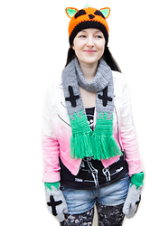 Tamsyn Martin - Velvetvolcano Pumpkin Kitty Beanie, Velvetvolcano Tombstone Scarf, Supre Skeleton Print Vest, Lipgloss & Black White And Pink Ombre Biker Jacket, Topshop Skull Leggings, River Island Denim Shorts / Hot Pants, Velvetvolcano Tombstone Mittens - Creepy Cute Kitty
