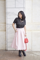 Color AndGrace - White House Black Market Skirt - Spring blush