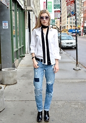 Dani Mikaela McGowan - Gap White Button Up, Who What Wear Black Skinny Scarf, Treasure & Bond Distressed Denim, Wildfox Circle Sunnies - Back to the Basics