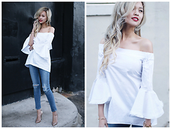 Lina Dinh - Nicholas Off Shoulder Fringe Top, Citizens Of Humanity Rocket Cropped Jeans - NICHOLAS OFF-SHOULDER FRINGE TOP & CROPPED JEANS