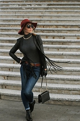 Elena Klimashevskaya - New Yorker Black Jacket, Tommy Hilfiger Jeans, Guess Crossbody Bag, Michael Kors Belt, H&M Hat - Spring mood