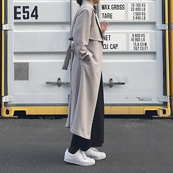 Mau - Sly Outer, Adidas Superstar - Spring coat
