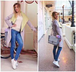 Jane D - Bgn Coat, Nike Sneakers, Zara Bag - Powder