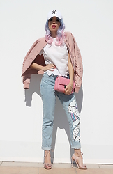 Elisa Bellino - Chanel Bag, Stradivarius Bomber, The Ragged Priest Jeans, Asos Sandals - Sporty chic
