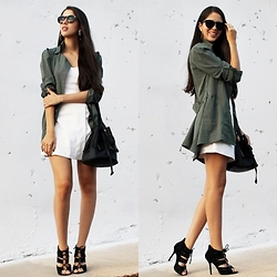 Maria Lucia Barrueta - Dressin Green Coat, Choies White Dress, Riot Anatomic Black Bag - Simple