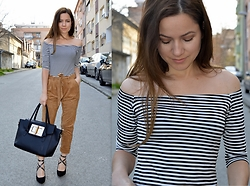 Marija M. - Striped Dress, Pimkie Suede Pants, Deichmann Pointed Heels - Suede and stripes