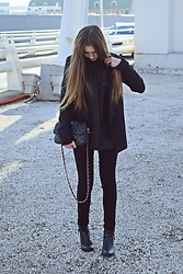 Andreea Miclăuş - Romwe Black Blazer, Bershka Black Skinny Jeans, H&M Black Leather Boots - Untitled 07