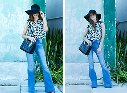 Kyleigh Mccollam - L'agence Palm Tree Top, H&M Flare Jeans, H&M Hat - Flirty Flares