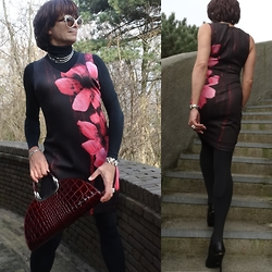 Francesca Di Parma - Guess Dress, Wolford Tights, Black Label By Jones Bootmaker Booties, Prada Glassea, Via Bologna Bag, Wolford String Bodysuit - Guess What ...