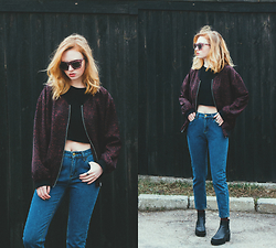 Kristina Magdalina - Wholesale7 Jeans, Cheap Monday Sunglasses, Monki Bomber - Most spring attire.