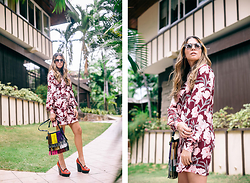 Maristella Gonzalez - Keepsake The Label Floral Long Sleeve Dress, Saint Laurent Emmanuelle Fringe Hobo, Alice + Olivia Loafer Platforms, Illesteva Safari Leonard 2 Sunglasses - Retro Vibes