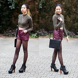 Thuy - Pimkie Crop Top, Forever 21 Burgundy Highwaist Shorts, Boots - Burgundy Shorts