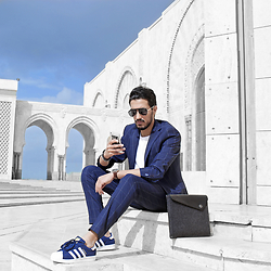 Mohcine Aoki - Yhflosangeles, Zara Blue Suit, S.Oliver, Adidas Superstar, Mujjo Macbook Case, Cortese Watches - What a beautiful location