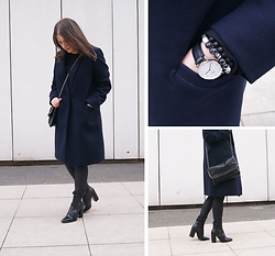 Kasia W - Zara Boots, Daniel Wellington Watch, Bracelets - Simple