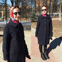 Olga T. - Zara Shoes, Uniqlo Coat - Bright wrap and coat