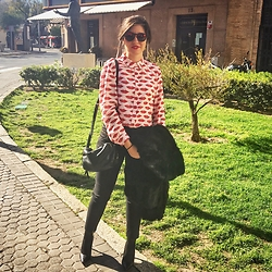 Guadalupe Monterroso - Bimba & Lola Shirt, Zara Trousers, Nine West Heels - Kiss Sunday